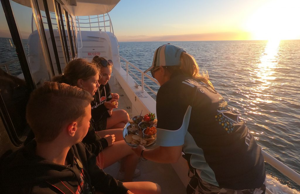 Hervey Bay Sunset cruise service with Whalesong Cruises