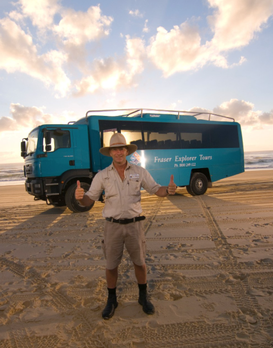 Fraser Explorer bus 75 mile beach Fraser Island