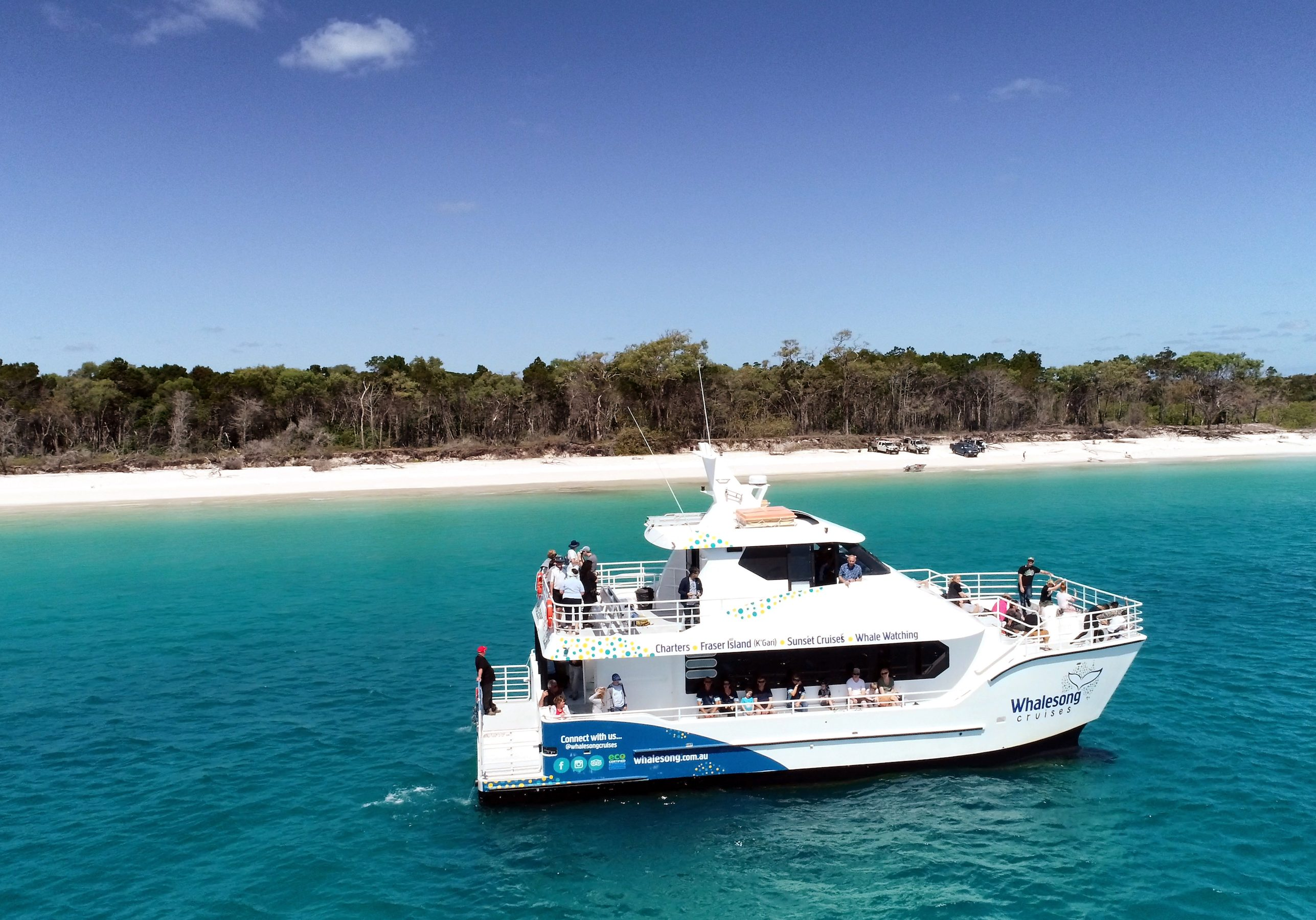 Whalesong cruises beside Fraser Island
